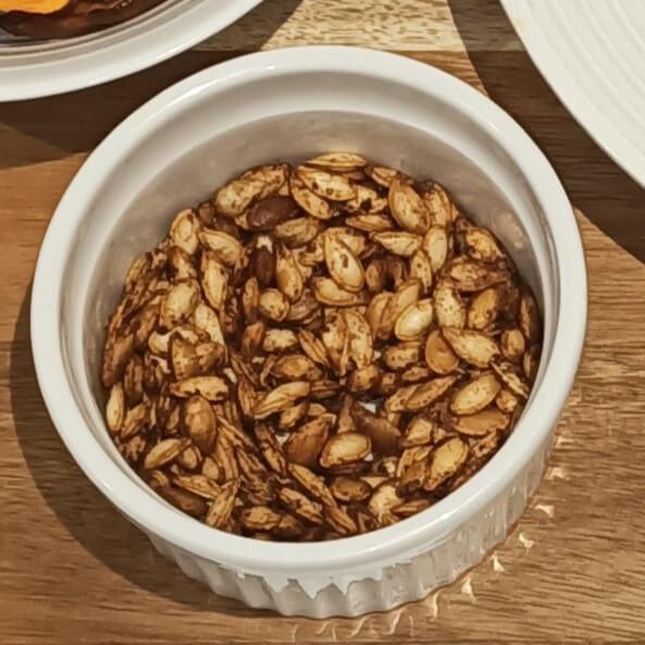 roast pumpkin seeds